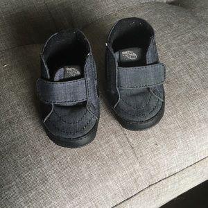Infant Vans sneakers